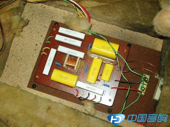 JBL4425分频器